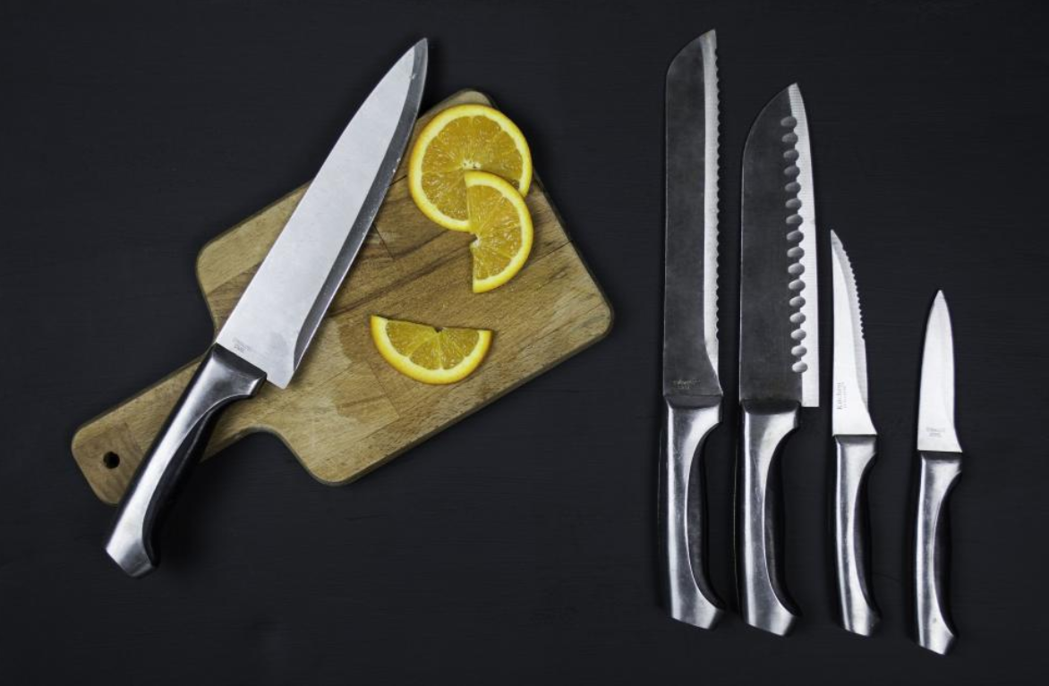 Things To Consider When Buying The Kitchen Knife Sets